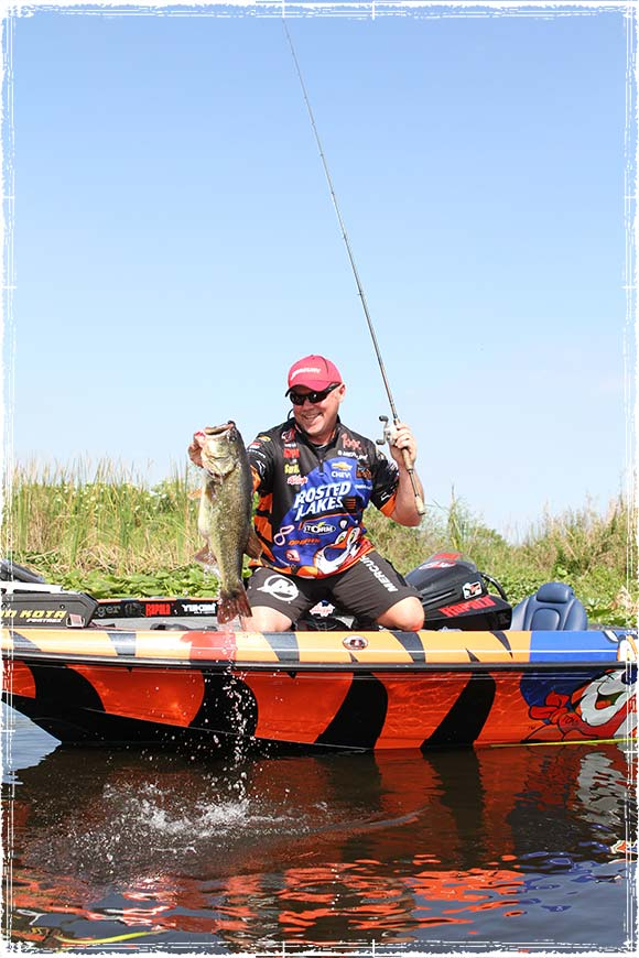 Dave Lefebre Catching a Large Bass