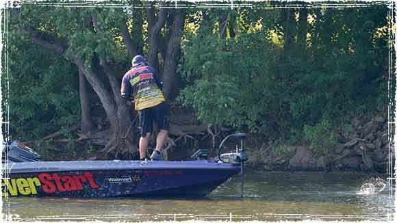 Randall Tharp Fishing